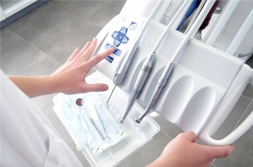 歯科治療の道具