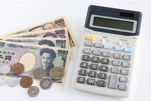 歯のブリッジの費用を検討